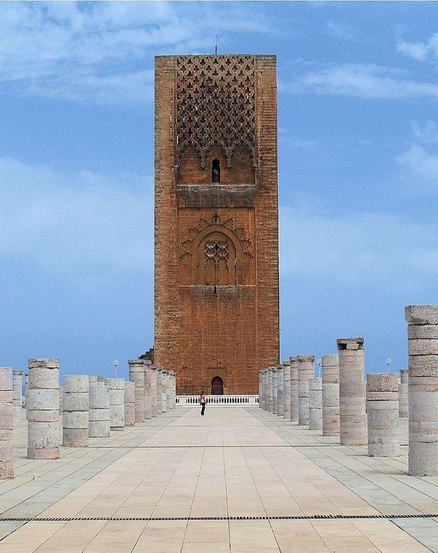 640px-Tour_Hassan-Rabat-2