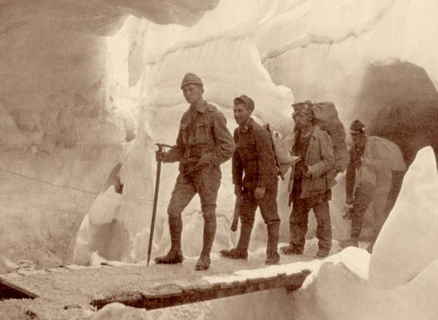 Italian front, First World War, inside the glacier of Marmolada